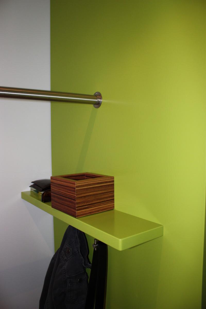 Design Garderobe Grün