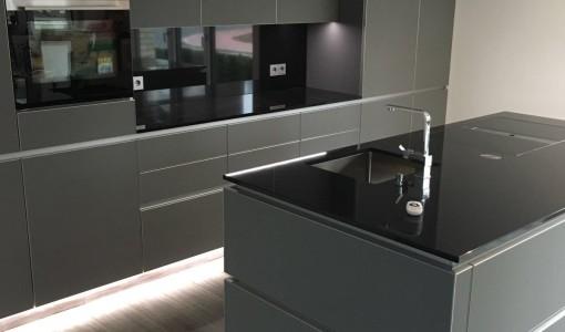 Design Küche Glas Matt Granit